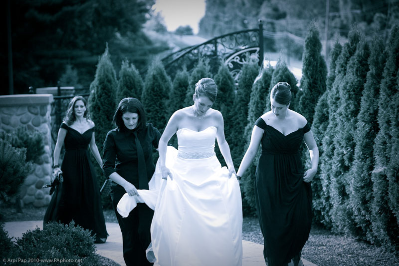 Tania-walking-with-bride